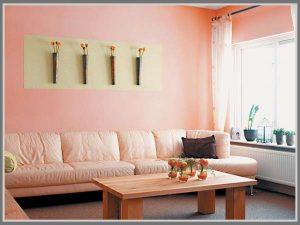 ruangan pink terang
